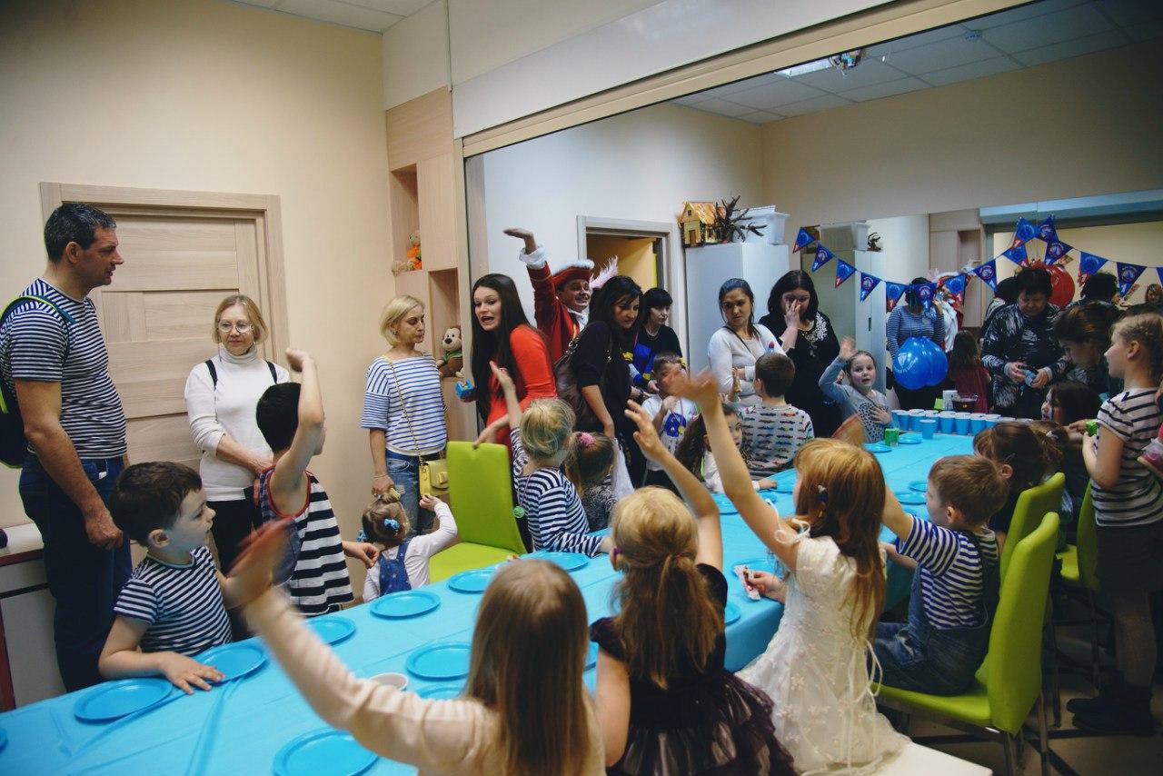 Семейному клубу Маняня в Перово один год